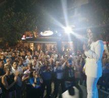 Πλήθος κόσμου στην προεκλογική ομιλία της Κατερίνας Παπακώστα – Οι ψηφοφόροι της ΝΔ «αγκάλιασαν» την υποψήφια βουλευτή