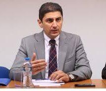 Συναντήθηκε με αξιωματούχους της UEFA και της FIFA ο Λευτέρης Αυγενάκης