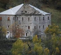 Αρχοντικό εγκαταλειμμένο έτοιμο να καταρρεύσει