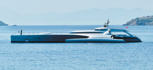 Σκιάθος: Πασαρέλα για dream yachts