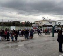 Kρήτη : Στους δρόμους οι κάτοικοι μετά τα 6,1 Ρίχτερ [Εικόνες]