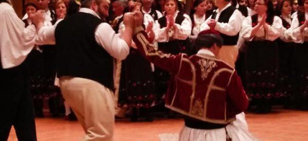 Με επιτυχία ο χορός του Συλλόγου Αργιθεάτων