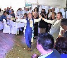 Σήμερα γάμος γίνηκε που τράνταξε το Ελάφι