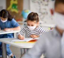 Ακόμα περιμένουν τις μάσκες στα σχολεία