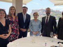 Συνάντηση εργασίας της Κατερίνας Παπακώστα με την πρέσβη της Σλοβακίας