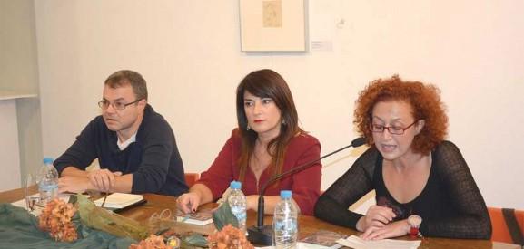 """Ανατρεπτική η Ελένη Αναστασοπούλου με το """"Σκοτωμένο Νερό"""""""