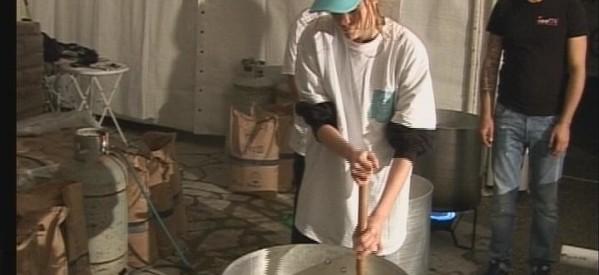 Αρχισαν οι ετοιμασίες για το μεγαλύτερο γλειφιτζούρι στον κόσμο
