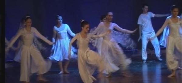 Με χορό, για τη ΦΛΟΓΑ της ζωής