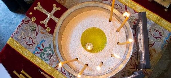 Ιερό Ευχέλαιο στο παρεκκλήσι της Αγίας Ειρήνης