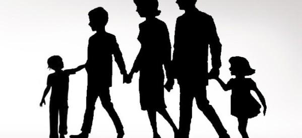"""Οι τρίτεκνοι του Αλμυρού δίνουν τα παιδιά τους για υιοθεσία στους τρεις θεσμικούς """"άρχοντες""""!"""