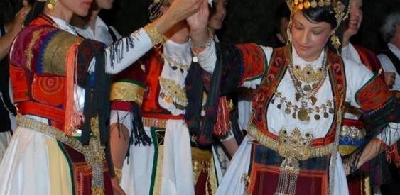 Εορταστική εκδήλωση του χορευτικού συλλόγου ΤΡΙΚΚΗ