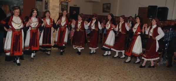 Χόρεψαν οι καρδιτσιώτες της Αττικής