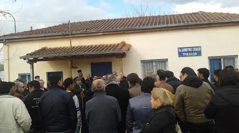 Με πορεία συνεχίζουν να διεκδικούν οι κάτοικοι του Κηπακίου