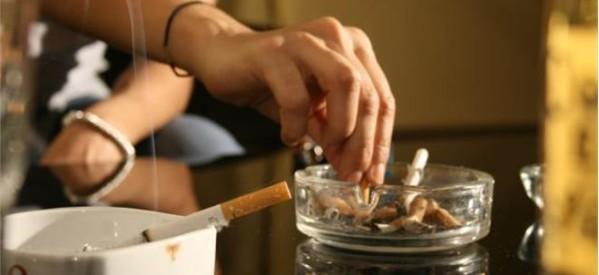 ΠΑΣΕΒΕ: Υποκρισία τα μέτρα για το κάπνισμα