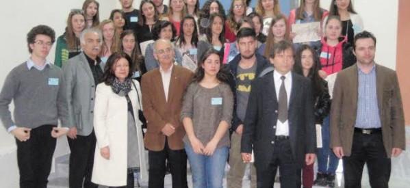 Η ποίηση ταιριάζει στους μαθητές των Τρικάλων