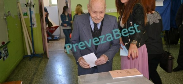 Ψηφοφόρος ετών… 102, απάντηση σε όσους απαξιώνουν την ψήφο