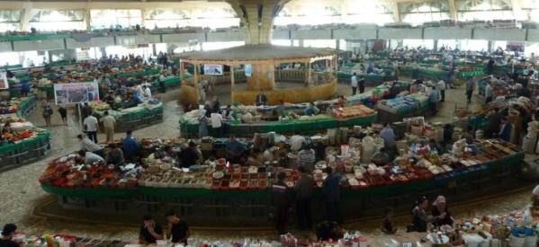 Στο πολύχρωμο Τσορσού Μπαζάρ (Chorsu Bazaar) της Τασκένδης