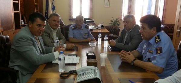 Σύσκεψη Βλαχογιάννη με την ηγεσία του Πυροσβεστικού Σώματος