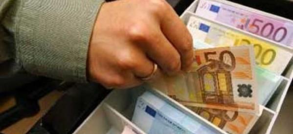 Λάρισα: Εκλεψε 38,8 ευρώ από ζαχαροπλαστείο…