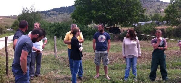 Κλιμάκιο του ΣΥΡΙΖΑ στο πλευρό των πληγέντων καλλιεργητών του Γερακαρίου Καλαμπάκας