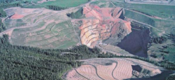 Ο Κ. Σκρέκας και άλλοι 49 βουλευτές «επικηρύσσονται» για περιβαλλοντικά εγκλήματα