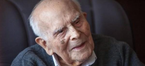 Πέθανε στα 108 του ο μέγιστος φιλόλογος Εμμανουήλ Κριαράς