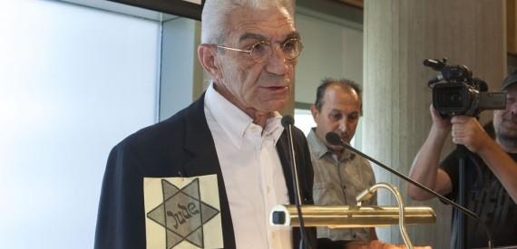 Τίμησε τους 50.000 Θεσσαλονικείς Εβραίους του Ολοκαυτώματος ο Μπουτάρης