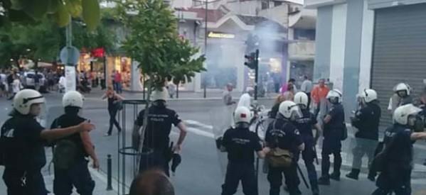 Νεολαία ΣΥΡΙΖΑ: «Η Αστυνομία υπέθαλπε τους χρυσαυγίτες»