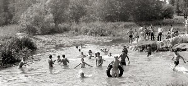 """""""Θάλασσα"""" στα Τρίκαλα το 1969!"""