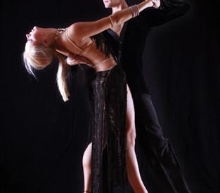 Χορευτικές εκπλήξεις από την Τέρψις