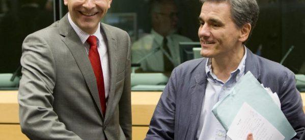 Κυβέρνηση και θεσμοί «βλέπουν» διπλό υπερπλεόνασμα 1,8 δισ. ευρώ για φέτος