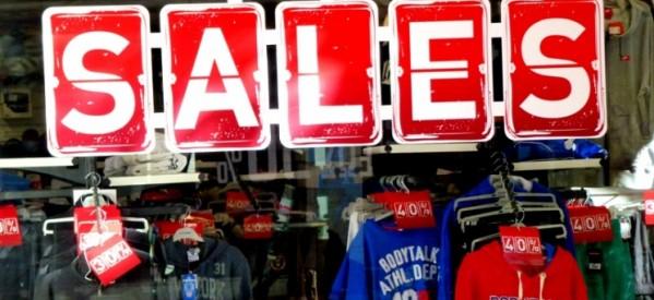 Φθινοπωρινές εκπτώσεις 2021: Πότε θα αρχίσουν – Ποιες Κυριακές θα είναι ανοιχτά τα καταστήματα