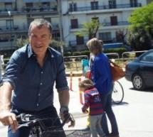 Σταύρος Θεοδωράκης : «Τρίκαλα, πόλη που αξίζει να αγαπήσεις»