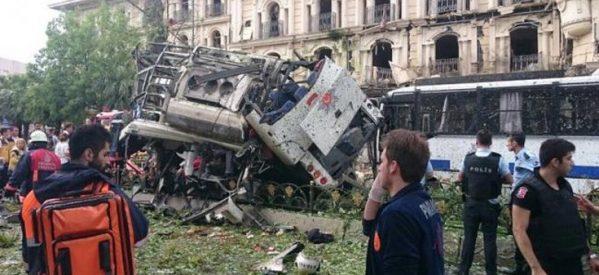 Φονική έκρηξη στο κέντρο της Κωνσταντινούπολης