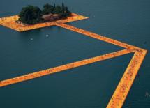 Μιλάνο: Στη λίμνη Ίζεο μπορείτε να περπατήσετε πάνω στο νερό
