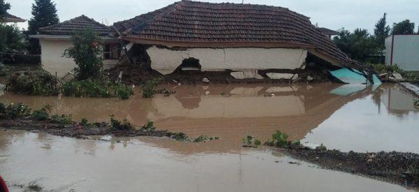 8 εκατ. ευρώ για έργα αποκατάστασης από τις πλημμύρες σε Τρίκαλα και Λάρισα