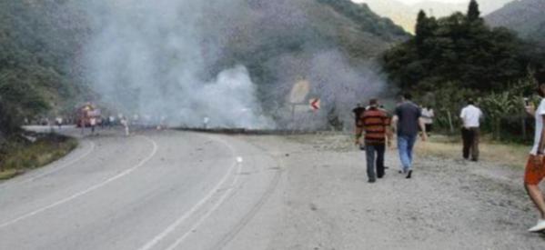 Eκτακτη είδηση – Πύραυλοι χτύπησαν θέρετρο στην Αττάλεια