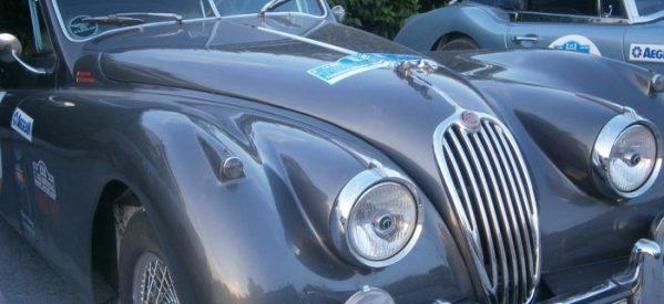 Mε τερματισμό στα Τρίκαλα , πανέμορφα κλασσικά αυτοκίνητα αντίκα στο 5ο ιστορικό Ράλι Ολύμπου