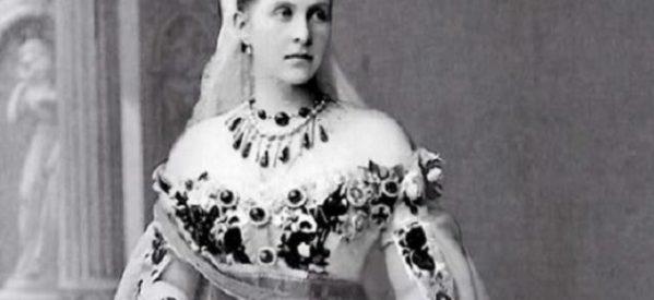 Η συλλογή κοσμημάτων της βασιλικής οικογένειας της Ελλάδος από τις πιο πλούσιες & ιστορικές της Ευρώπης – Τα πολύτιμα σμαράγδια της Βασίλισσας Όλγας