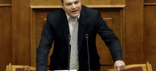 Ξυλοκοπήθηκε βουλευτής της Χ.Α. στο Μαρούσι