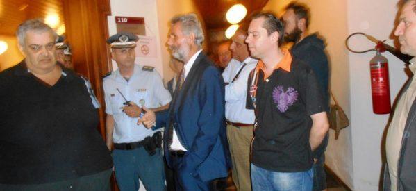 Ακυρώθηκαν πλειστηριασμοί στο Ειρηνοδικείο Τρικάλων , ύστερα από παρέμβαση διαδηλωτών
