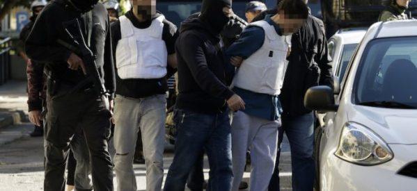 Αυτός είναι ο 29χρονος που συνελήφθη για το τρομοδέμα στον Λουκά Παπαδήμο (εικόνες)