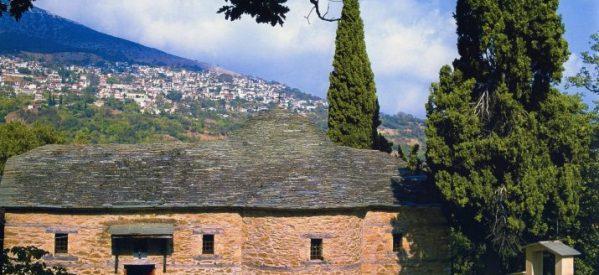 Κατέστρεψαν μοναστήρι στην Ραψάνη για να βρουν λίρες