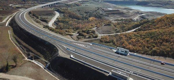 Eντυπωσιακές εικόνες και video από τον αυτοκινητόδρομο Ε 65