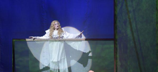 Η Τρικαλινή σοπράνο Νίνα Κουφοχρήστου στην Όπερα του Βούπερταλ –  Συνέντευξη στη Deutsche Welle