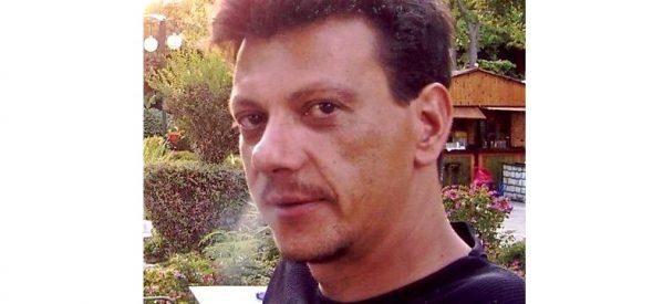 Ο Κώστας Μαλανδρινός ο  51χρονος  που σκοτώθηκε από την παράσυρση τραίνου στα Τρίκαλα