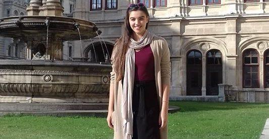 Κατέπληξε η Ματίνα Τσαρουχά , ένα νέο αστέρι της όπερας γεννιέται στα Τρικαλα