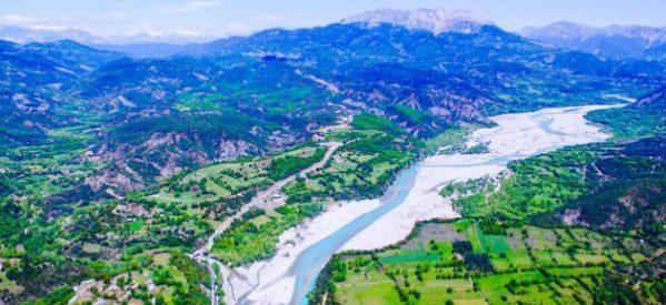 «Ο Αχελώος, ένας πανάρχαιος ποταμός, κινδυνεύει να πάψει να είναι ποτάμι»-«Ο Ηρακλής, ο Αχελώος , η Μεσοχώρα» και η εκτροπή