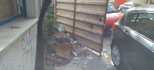Φτιάξτε επιτέλους τα πεζοδρόμια στα Τρίκαλα