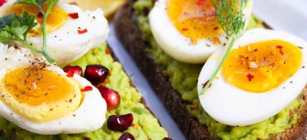 Ερευνα: Η καθημερινή κατανάλωση αυγών μειώνει τον κίνδυνο καρδιαγγειακών παθήσεων